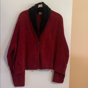 Cardigan one button sweater.